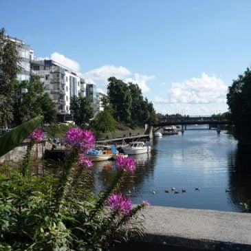 Sandvika fra Løkketangen med elven
